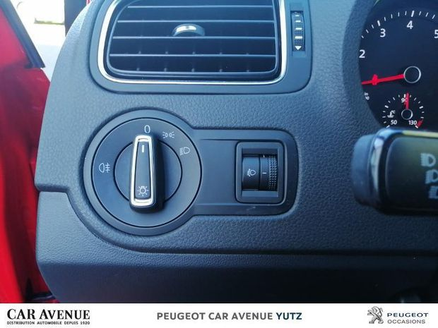 Photo miniature de la Volkswagen Polo 1.2 TSI 90ch BlueMotion Technology Confortline Business 5p 2017 d'occasion