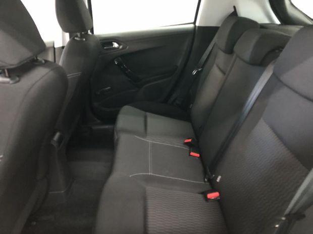 Photo miniature de la Peugeot 208 1.2 PureTech 82ch E6.2 Evap Active Business S&S 5p 2019 d'occasion