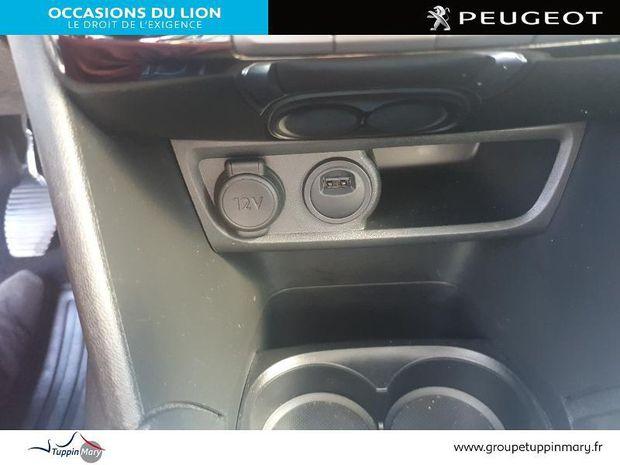 Photo miniature de la Peugeot 208 1.2 PureTech 82ch E6.c Allure 5p 2019 d'occasion