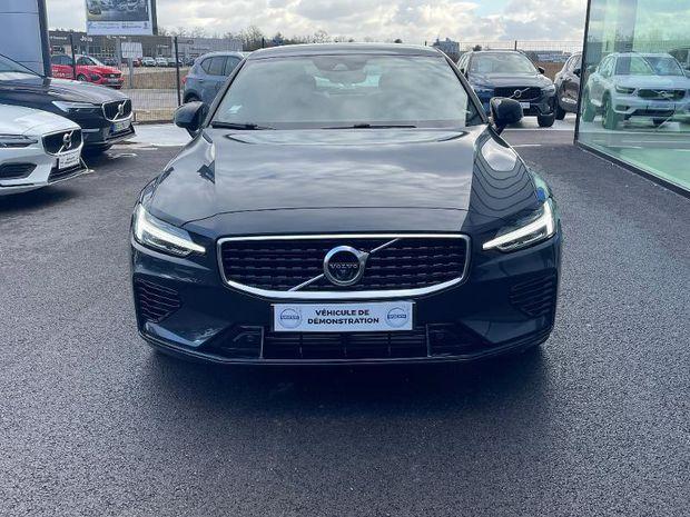 Photo miniature de la Volvo S60 T8 Twin Engine 303 + 87ch R-Design Geartronic 8 2020 d'occasion