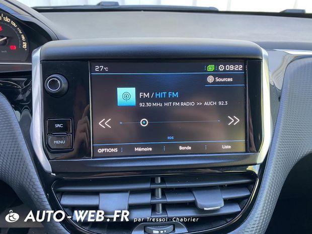 Photo miniature de la Peugeot 208 PureTech 110ch S&S BVM6 Allure 2019 d'occasion
