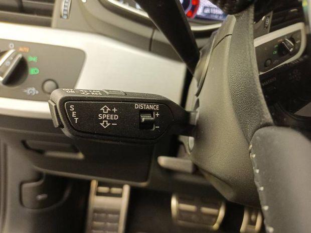 Photo miniature de la Audi A4 Avant 2.0 TDI 150ch S line S tronic 7 2019 d'occasion
