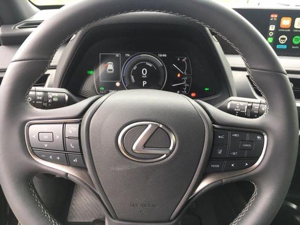 Photo miniature de la Lexus UX 250h 2WD Premium Edition 2020 2020 d'occasion