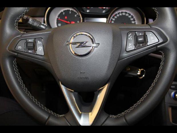 Photo miniature de la Opel Astra Sports Tourer 1.6 D 110ch Edition 120 ans Euro6d-T 2019 d'occasion