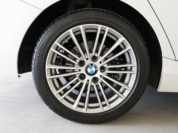 Photo miniature de la BMW Serie 1 114d 95ch UrbanChic 5p Euro6c 2018 d'occasion