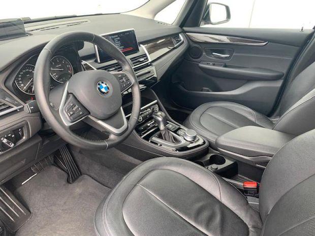 Photo miniature de la BMW Serie 2 Série 2 ActiveTourer 218dA 150ch Luxury 2017 d'occasion