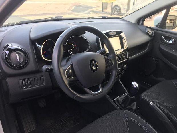 Photo miniature de la Renault Clio 1.2 16v 75ch Zen 5p 2017 d'occasion