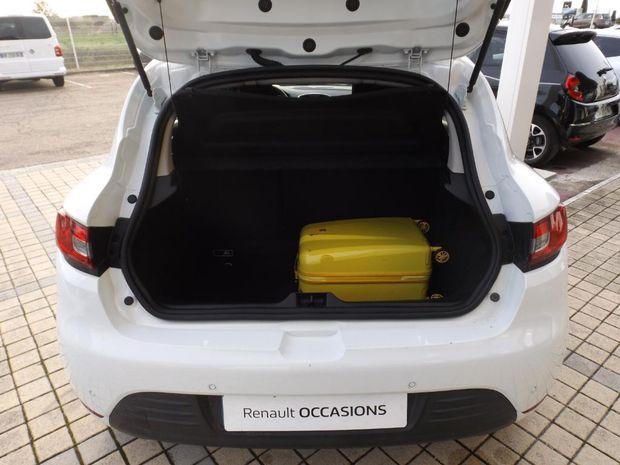 Photo miniature de la Renault Clio dCi 90 Energy eco2 82g Business 2017 d'occasion