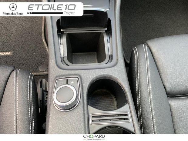 Photo miniature de la Mercedes CLA 200 Starlight Edition 7G-DCT Euro6d-T 2019 d'occasion
