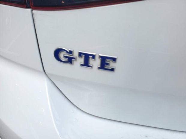 Photo miniature de la Volkswagen Golf 1.4 TSI 204ch GTE DSG6 5p 2017 d'occasion