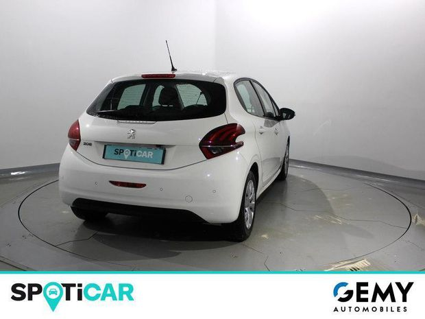 Photo miniature de la Peugeot 208 1.5 BlueHDi 100ch E6.c Active BVM5 86g 5p 2019 d'occasion