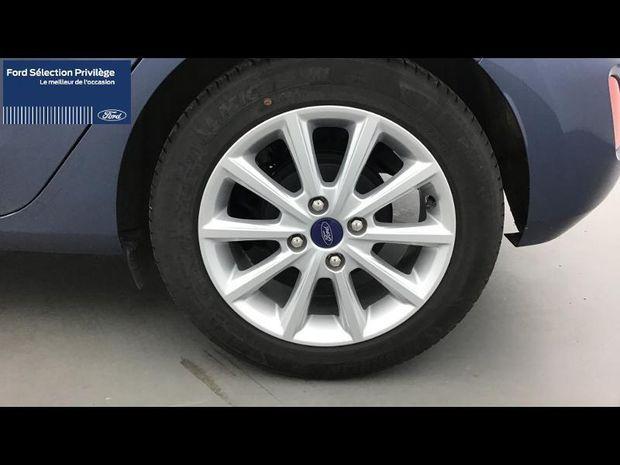 Photo miniature de la Ford Fiesta 1.0 EcoBoost 100ch Stop&Start Titanium 5p 2019 d'occasion