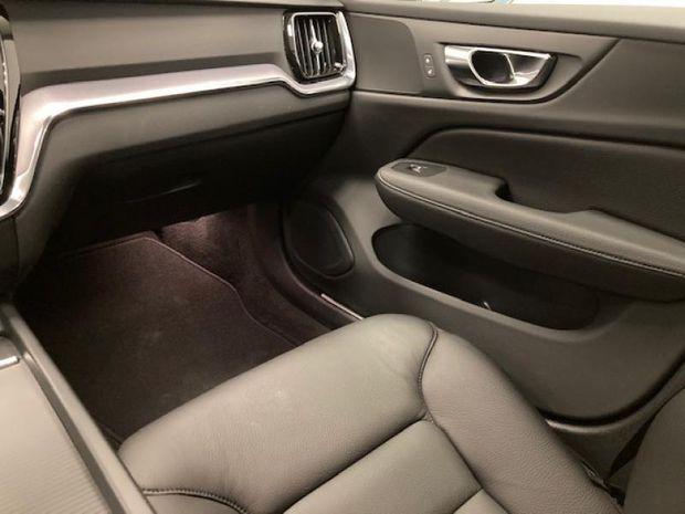 Photo miniature de la Volvo V60 D3 150ch AdBlue Business Executive Geartronic 2020 d'occasion