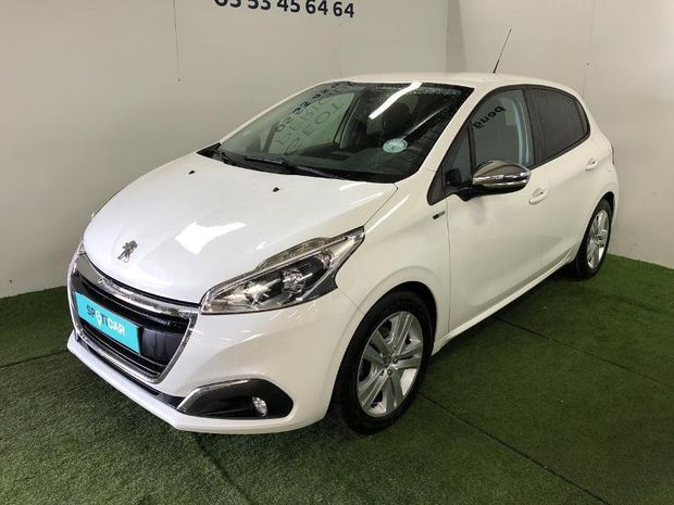 Photo miniature de la Peugeot 208 1.6 BlueHDi 75ch Style 5p 2016 d'occasion