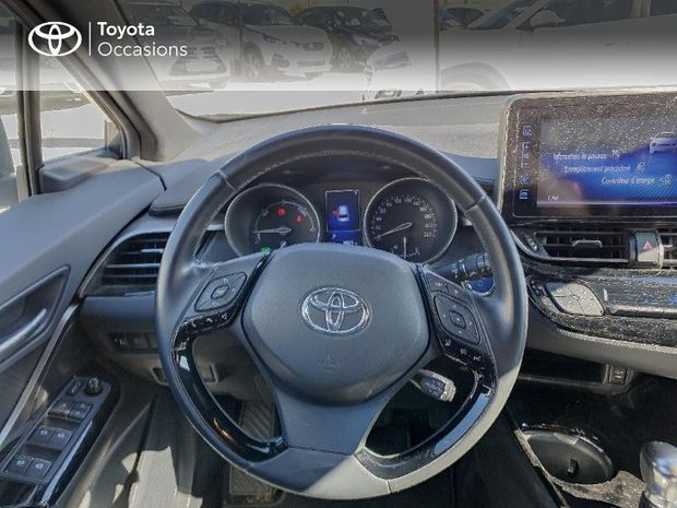 Photo miniature de la Toyota C-HR 122h Edition 2WD E-CVT RC18 2018 d'occasion