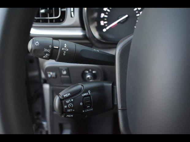 Photo miniature de la Citroën C3 PureTech 82ch Graphic S&S E6.d 2019 d'occasion