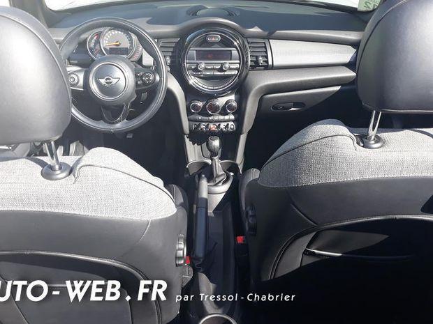 Photo miniature de la Mini Cabrio Mini let Cooper 136 ch Finition Chili 2017 d'occasion