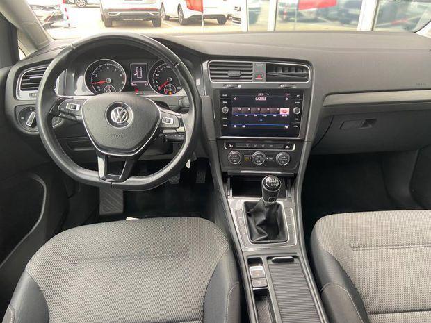 Photo miniature de la Volkswagen Golf 1.0 TSI 115ch Confortline Euro6d-T 5p 2018 d'occasion