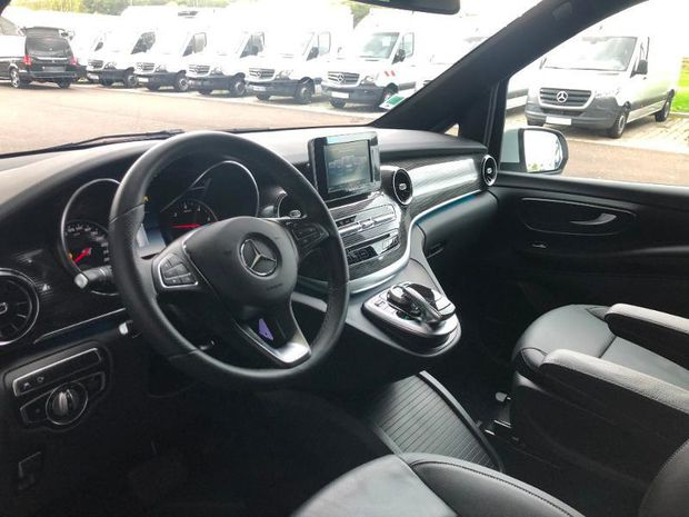 Photo miniature de la Mercedes Classe V 300 D LONG AVANTGARDE 9G-Tronic 2020 d'occasion