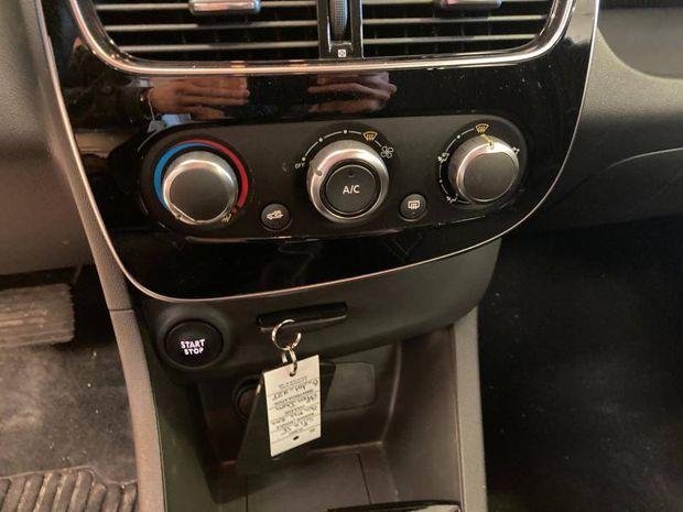 Photo miniature de la Renault Clio 1.5 dCi 90ch energy Limited EDC 5p 2019 d'occasion