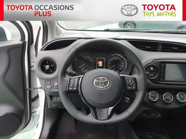 Photo miniature de la Toyota Yaris 70 VVT-i France Connect 5p RC19 2019 d'occasion