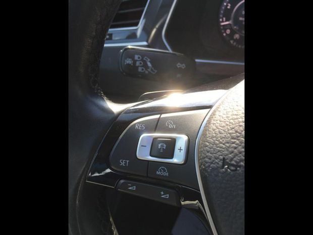 Photo miniature de la Volkswagen Tiguan 2.0 TDI 190ch Carat Exclusive 4Motion DSG7 2017 d'occasion
