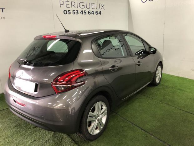 Photo miniature de la Peugeot 208 1.5 BlueHDi 100ch E6.c Signature 5p 2019 d'occasion