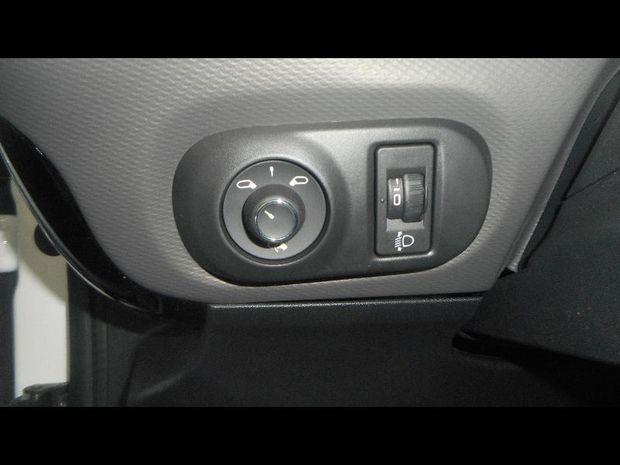 Photo miniature de la Citroën C4 Cactus BlueHDi 100ch S&S Shine E6.d-TEMP 2020 d'occasion