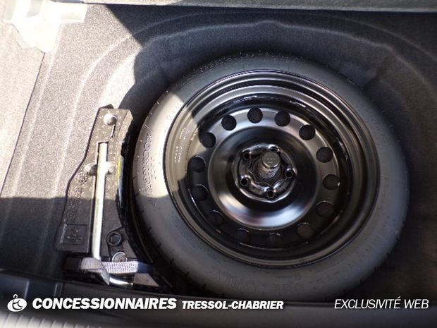 Photo miniature de la Volkswagen Golf 1.6 TDI 115 FAP BVM5 Confortline 2020 d'occasion
