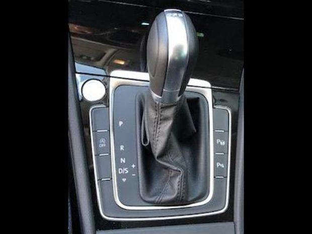 Photo miniature de la Volkswagen Golf 2.0 TDI 150ch FAP Connect DSG7 Euro6d-T 5p 2019 d'occasion