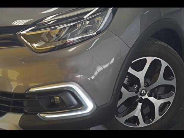 Photo miniature de la Renault Captur 1.5 dCi 90ch energy Intens EDC Euro6c 2019 d'occasion