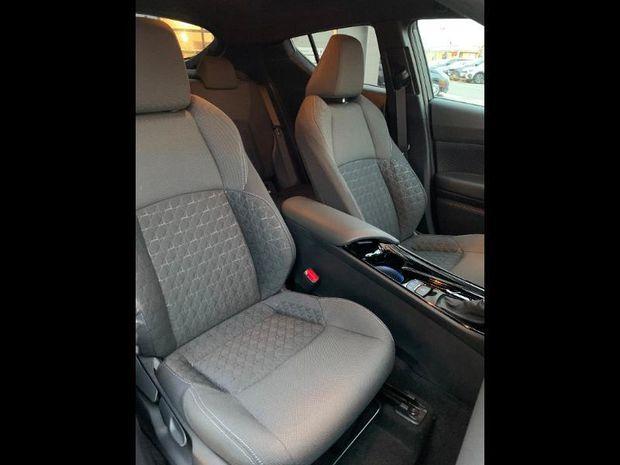Photo miniature de la Toyota C-HR 184h Edition 2WD E-CVT MC19 2020 d'occasion