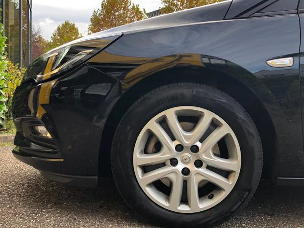 Photo miniature de la Opel Astra 1.6 D 136 Edition Business Automatique GPS Carplay Gtie an 2019 d'occasion