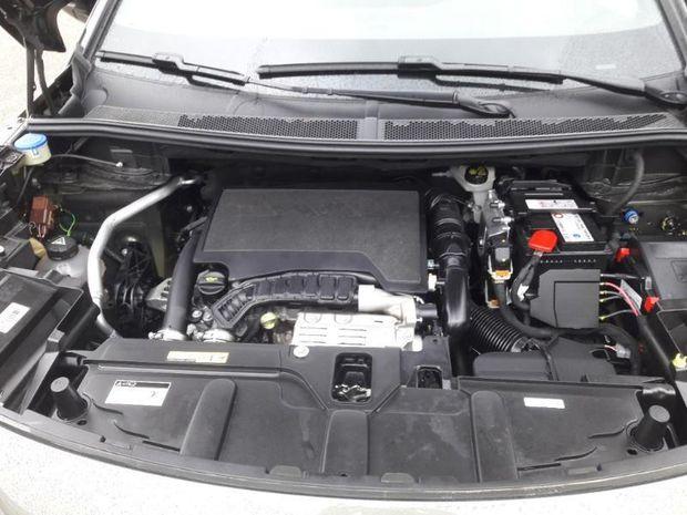 Photo miniature de la Peugeot 3008 1.2 PureTech 130ch S&S GT Line 2020 d'occasion