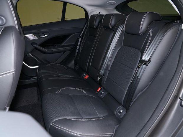 Photo miniature de la Jaguar I-Pace EV400 S AWD 2018 d'occasion