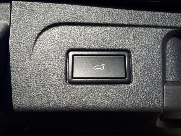 Photo miniature de la Volkswagen T-Roc 1.5 TSI EVO 150ch R-Line DSG7 Euro6d-T 117g 2020 d'occasion