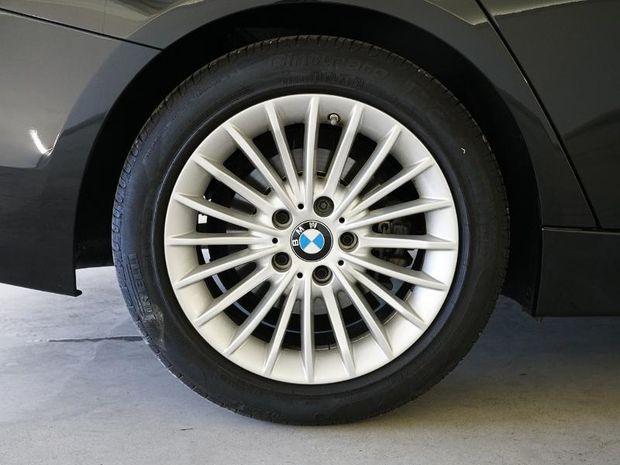 Photo miniature de la BMW Serie 3 318dA 150ch Luxury Ultimate Euro6d-T 2019 d'occasion