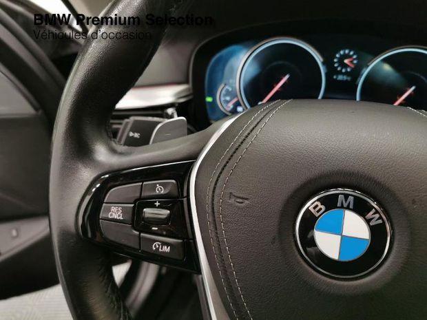 Photo miniature de la BMW Serie 5 530dA xDrive 265ch Luxury 2017 d'occasion