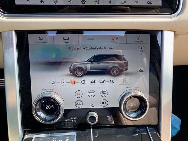 Photo miniature de la Land Rover Range Rover 2.0 P400e 404ch Vogue SWB Mark VIII 2020 d'occasion
