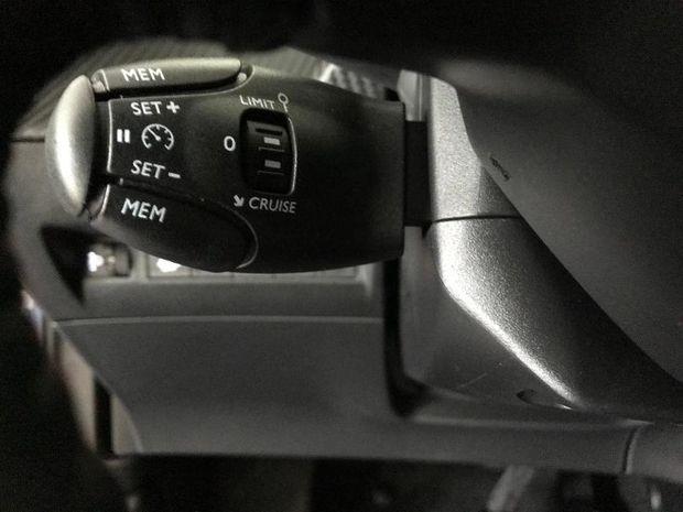 Photo miniature de la Peugeot 2008 1.5 BlueHDi 130ch S&S GT Line EAT8 2020 d'occasion