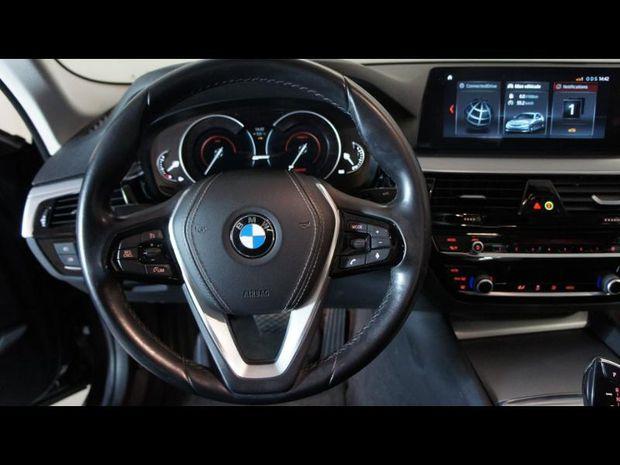 Photo miniature de la BMW Serie 5 530eA iPerformance 252ch Business 2017 d'occasion
