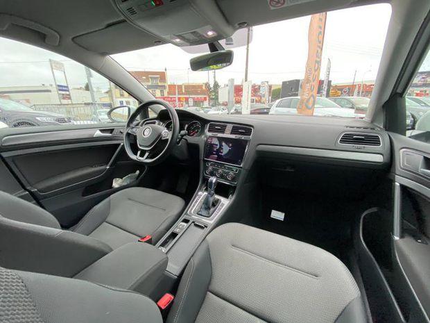 Photo miniature de la Volkswagen Golf e- 136ch 4cv 2017 d'occasion