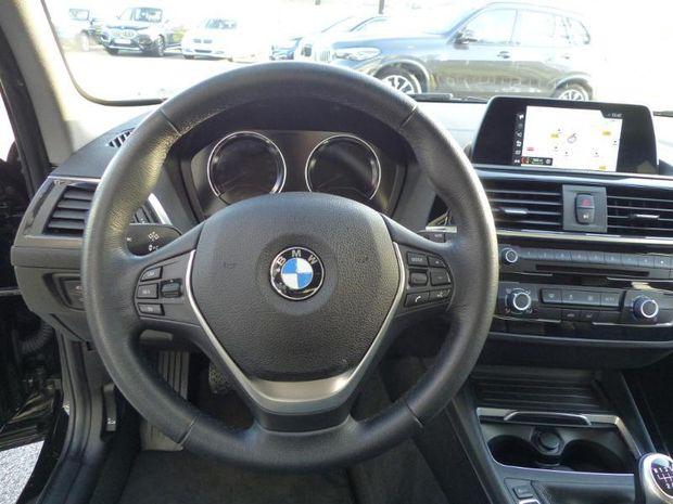 Photo miniature de la BMW Serie 1 114d 95ch Business Design 5p 2017 d'occasion
