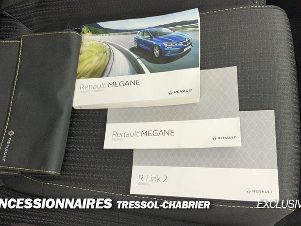 Photo miniature de la Renault Megane Mégane IV Berline Blue dCi 115 EDC Business 2019 d'occasion