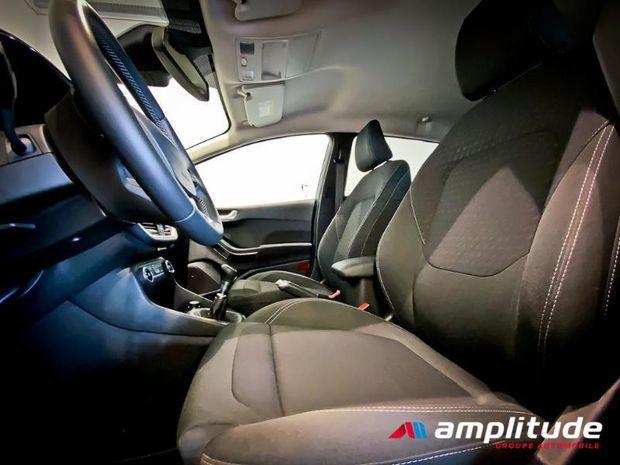 Photo miniature de la Ford Fiesta 1.0 EcoBoost 100ch Stop&Start Titanium 5p Euro6.2 2019 d'occasion