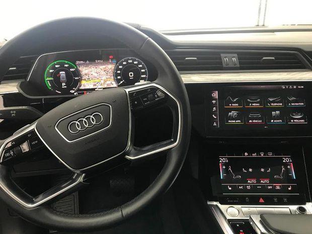 Photo miniature de la Audi E-tron Sportback 55 360ch Avus Extended e-quattro 2019 d'occasion