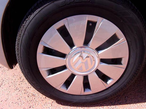 Photo miniature de la Volkswagen Up ! 1.0 60ch BlueMotion Technology Move up! 5p 2017 d'occasion