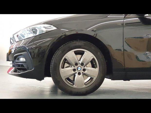 Photo miniature de la BMW Serie 1 118iA 140ch Lounge DKG7 2020 d'occasion
