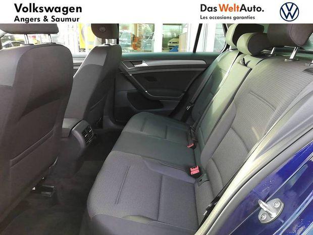 Photo miniature de la Volkswagen Golf E- 136 Electrique 2019 d'occasion