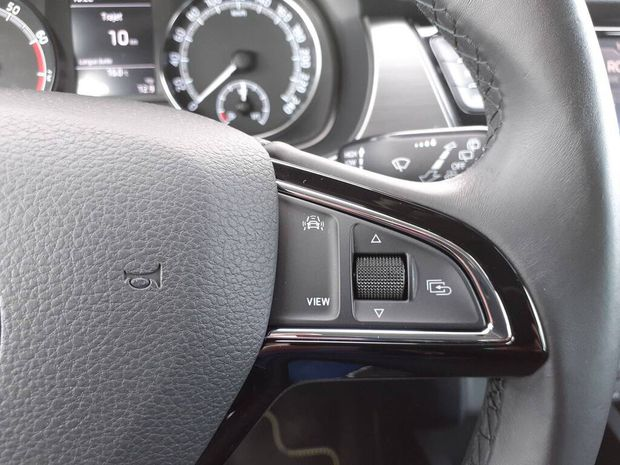Photo miniature de la Skoda Fabia 1.0 MPI 60 ch BVM5 Drive 125 ans 2019 d'occasion
